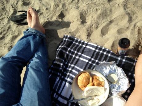 Valentines day brunch picnic on the beach in Santa Cruz